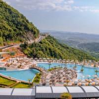 select-hill-resort-kerkon-te-punesoje-kamarier-restoranti