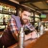 Wood Green Lounge Bar Kërkon të punësojë Banakier/e