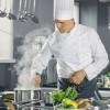 Bar Restorant Deseo Kërkon të punësojë Ndihmes kuzhinier