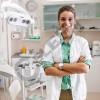 ASISTENTE DENTARE DELINA DENTAL (klinike dentare) Kërkon të punësojë