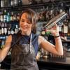 NDIHMES BANAKIERE Lounge Bar Black Bird Kërkon të punësojë
