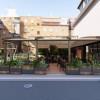 SANITARE Lounge Bar Vila Shard Kërkon të punësojë