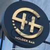 KAMARIER HOLGER BAR Kërkon të punësojë